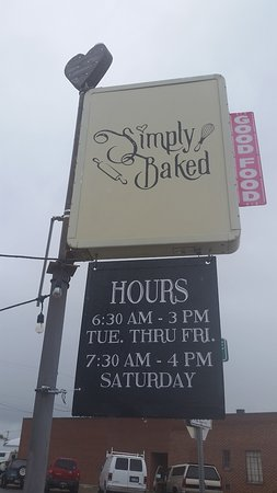 Emmett, ID: Simply Baked - Like the sign says... Good Food!
