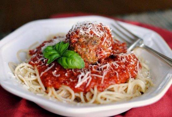 Clinton, NY: Spaghetti & Meatballs