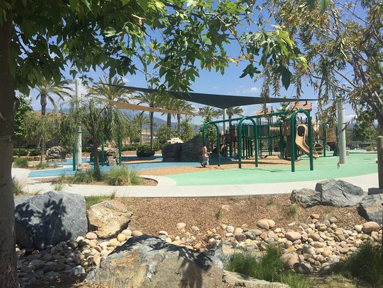 Lake Forest, CA: Play area for youngsters