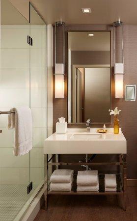 Superieur Kimpton Hotel Wilshire: Bathroom Vanity