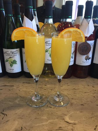 Wine and Cafe on the Park: Mimosas