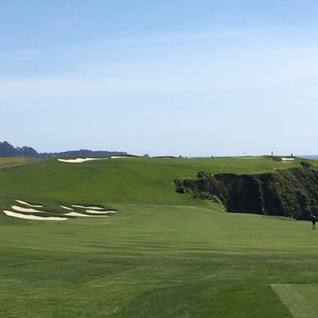Pebble Beach, CA: Teeing of at #6