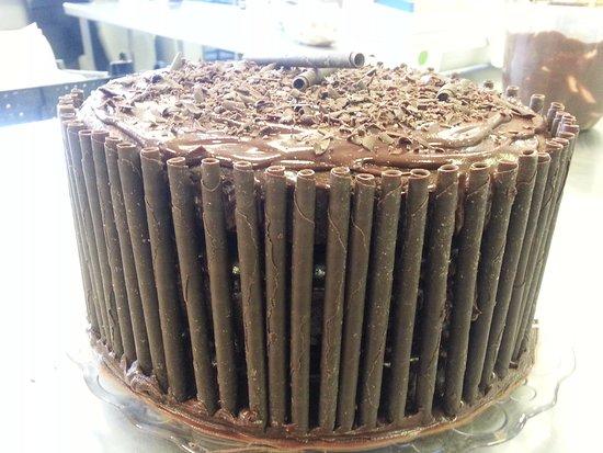 Liss, UK: Bruce Bogtrotter Cake