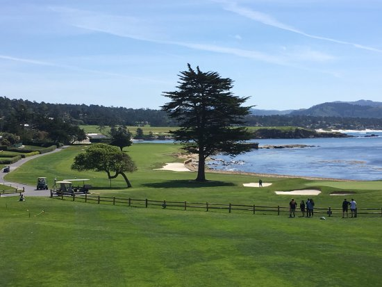 Pebble Beach Golf Links: View from the clubhouse overlooking #18