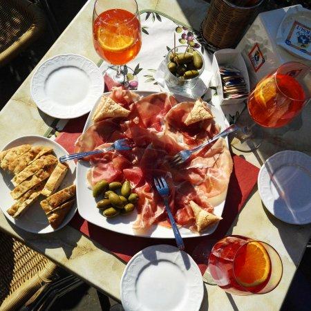 Montagnana, Italien: Prosciutto e spritz