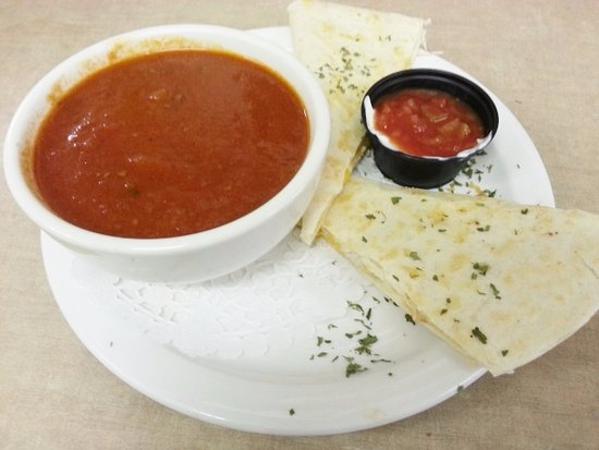 Powell River, Canada: Lunch Special 4/20/2017 - Grilled chicken and cheddar quesadilla