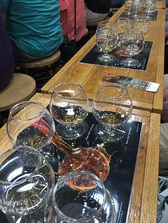 Loretto, KY : Bourbon tasting