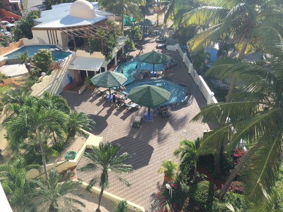 Atrium Beach Resort and Spa Bild