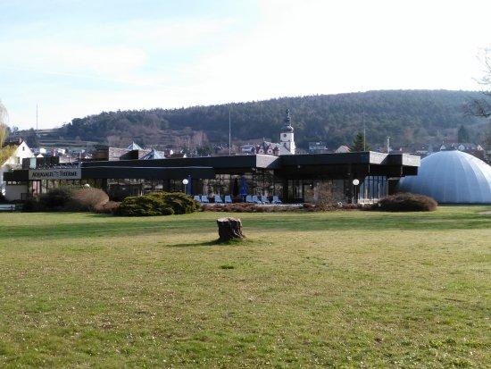 Bad Salzschlirf, ألمانيا: Therme und Klangdom