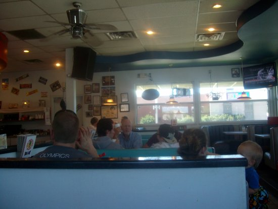 Spanish Fork, UT: Another view of the main dining area, One Man Band Diner