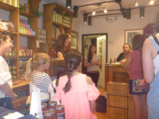New York Food Tours: Inside the O & Co. Olive oil store