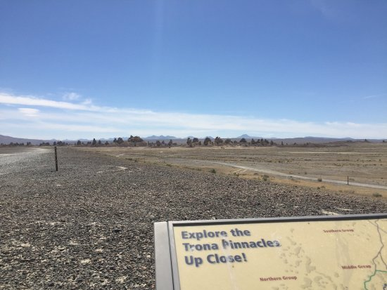 Trona, CA: Drive towards pinnacles