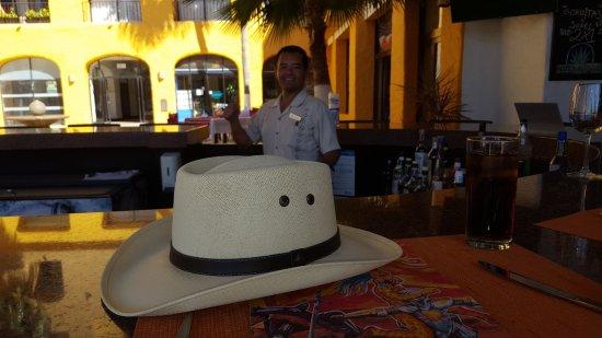 Tesoro Los Cabos: We loved our favorite bartender Alex