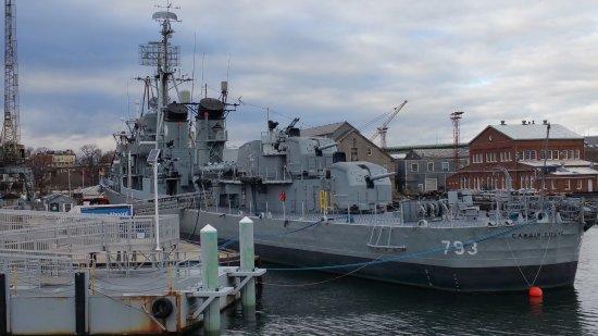 Boston Harbor Cruises : boston harbor cruise