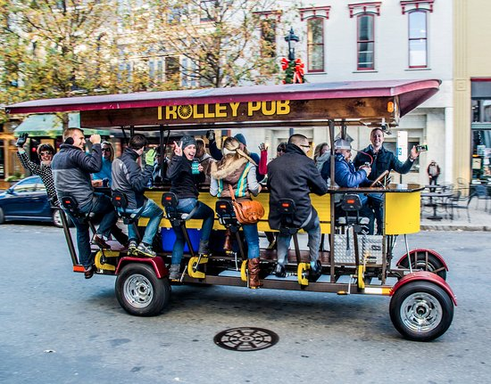 Ann Arbor, MI: Trolley Pubbers enjoying a great time!