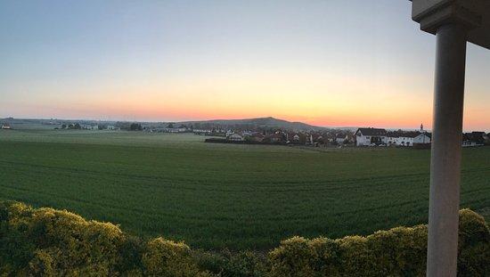 Gau-Odernheim, Deutschland: Wunderbarer Blick und schöne Lage