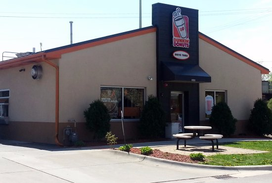 Westchester, IL: entrance & drive-thru at Dunkin' Donuts