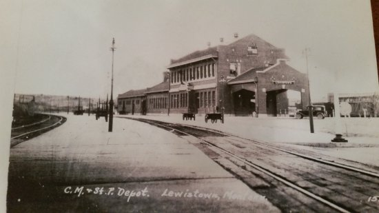 Lewistown, MT: Historic Train Depot