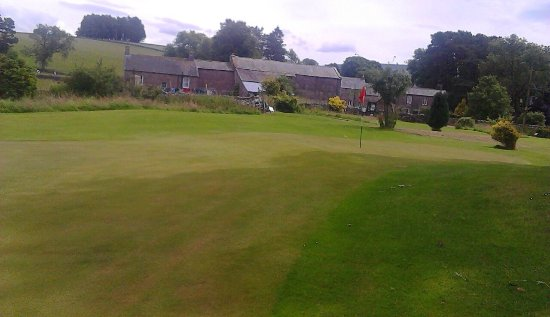 Ravenstonedale, UK: Well kept course, beautiful setting, challenging holes.great feedback from players.