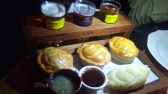The Blackbird : pie and ale sampler