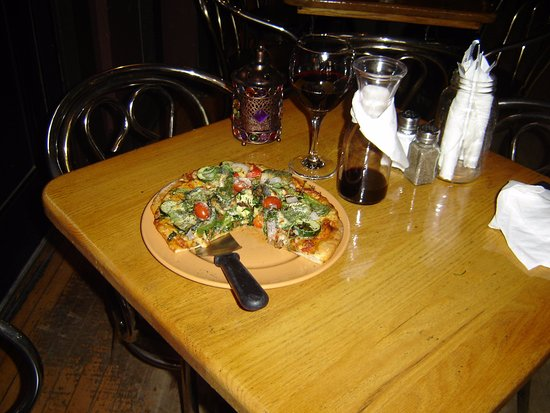 Renfrew, Canadá: The best Veggie Pizza Ever !