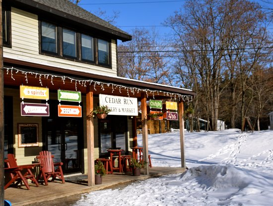 Keene, Estado de Nueva York: Stop in and check out Cedar Run