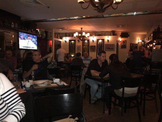 Thursday late night picture of arnold tel aviv for Late night restaurants