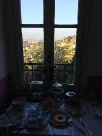 A Casa Mia: Breakfast with a view ♥