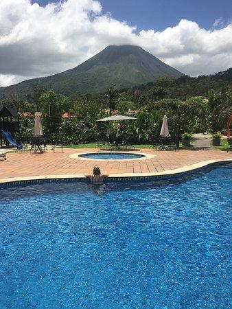 Volcano Lodge & Springs: photo1.jpg