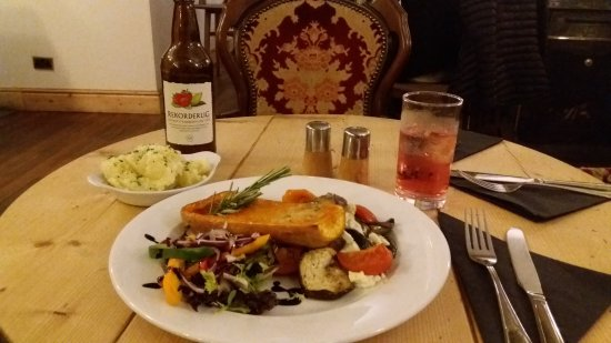 Port Erin, UK: Roasted butternut squash + mashed potatoes