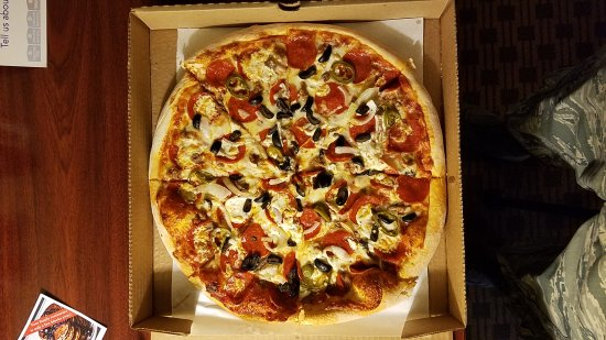 Justine's Pizza: 20170420_171316_large.jpg