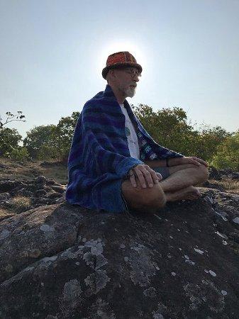 Phu Hin Rong Kla National Park : จุดชมวิวลานหินแตก, Broken Rock View Point - special place for a sunrise meditation.