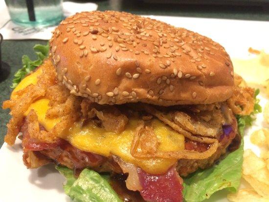 McHenry, Maryland: Turkey bacon burger