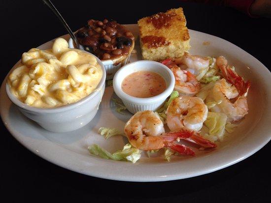 Darrell's Restaurant: Fresh grilled shrimp