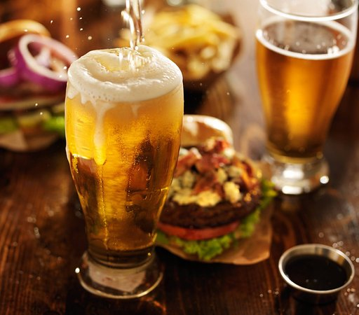 Pawtucket, RI: Burgers & Beers