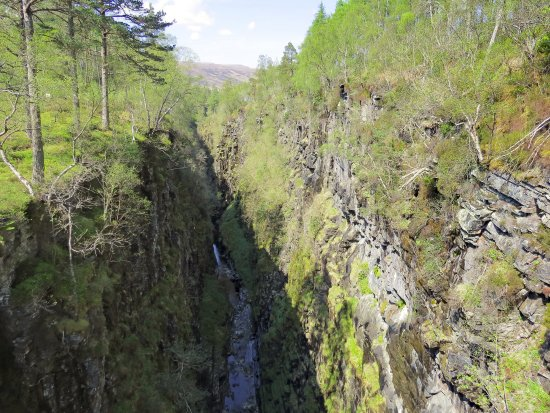 Corrieshalloch Gorge: scenic gorge from the bridge