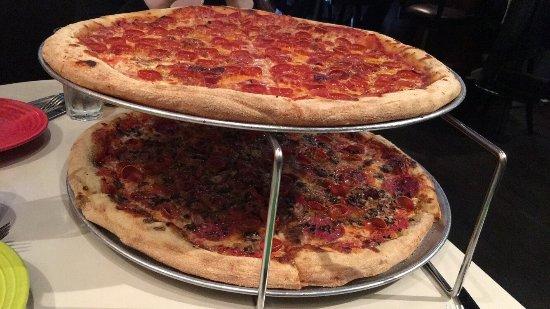Tony's Pizza Napoletana: photo5.jpg