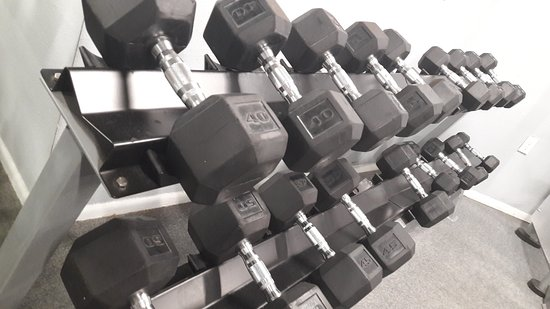 Champions World Resort: Free weights in the Fitness Centre