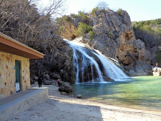 Turner Falls Park You Can Swim In The Water At Base