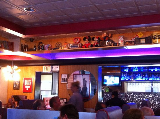 Mel's Diner: Restaurant