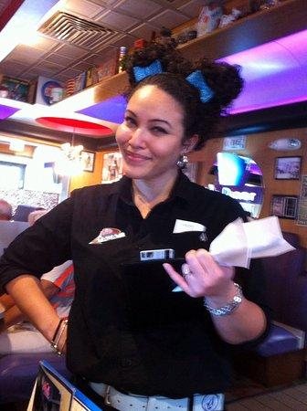 Mel's Diner: Aja, die super nette Bedienung!