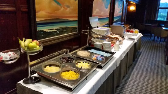 Troon, UK: Breakfast buffet. Hot food options available too.