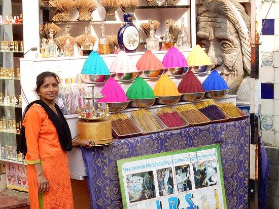 Muziris Heritage - Day Tours: Colourful Spices