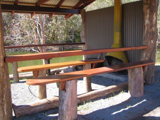 Atherton, Australia: Picnic area at the dam hut