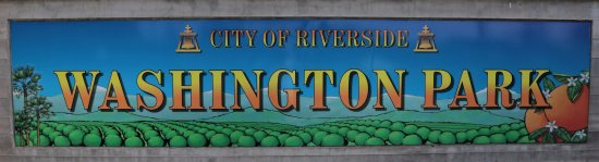 Riverside, CA: AN ENTRANCE SIGN