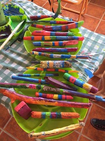 Brasilito, Costa Rica: Painting drift wood