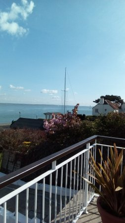 Cowes, UK: From the front of hotel