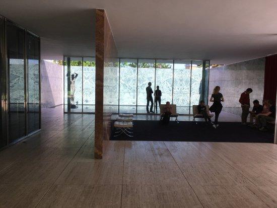 Pabellón Mies van der Rohe: photo0.jpg
