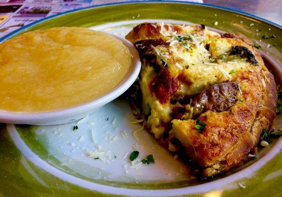Wayne, Pensylwania: Apple Sauce & Omelette