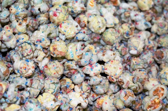 Southaven, MS: BIRTHDAY CAKE POPCORN STARTING $4.99 UP TO $35.99